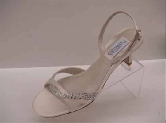Dyeables Diamond/Silk White Ivory Beige Off Sandal Crystals Bling Strappy Formal Size US 6.5 Regular (M, B)