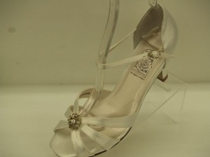 Special Occasions By Saugus Shoe Robin 4130 Size 6.5 Open Toe Sandals Strappy Crystals Bling Small Heel Wedding Shoes
