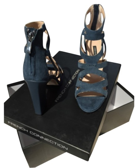 Preload https://item1.tradesy.com/images/french-connection-blue-isla-formal-shoes-size-us-75-regular-m-b-4813885-0-0.jpg?width=440&height=440