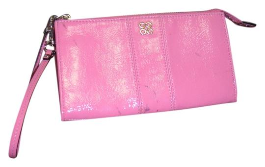 Preload https://item1.tradesy.com/images/coach-new-pink-coach-wallet-with-defect-4814995-0-0.jpg?width=440&height=440