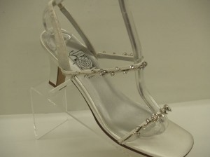 Special Occasions By Saugus Shoe White 35030 Size 6.5 Thin Strappy Sandals Silver Bling Crystal Flowers Sexy Wedding Shoes