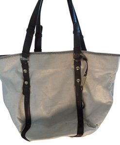 Steve Madden Like New Tote in Tan/ gold