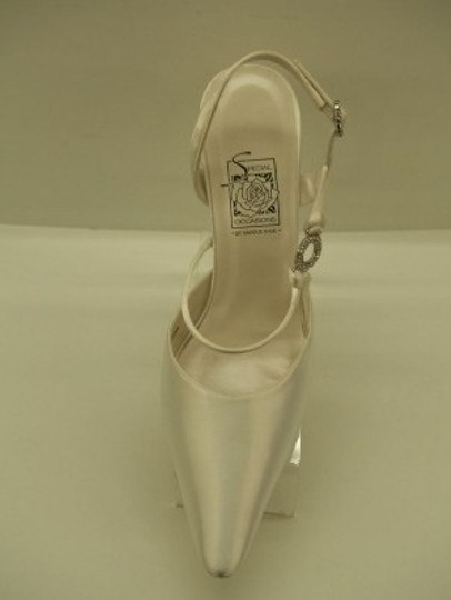Special Occasions by Saugus Shoe White 7530 New Size US 6.5