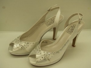Special Occasions By Saugus Shoe Trish 9120 Size 7 White Satin Rhinestone Crystals Bling Peep Toe Formal Prom Wedding Shoes