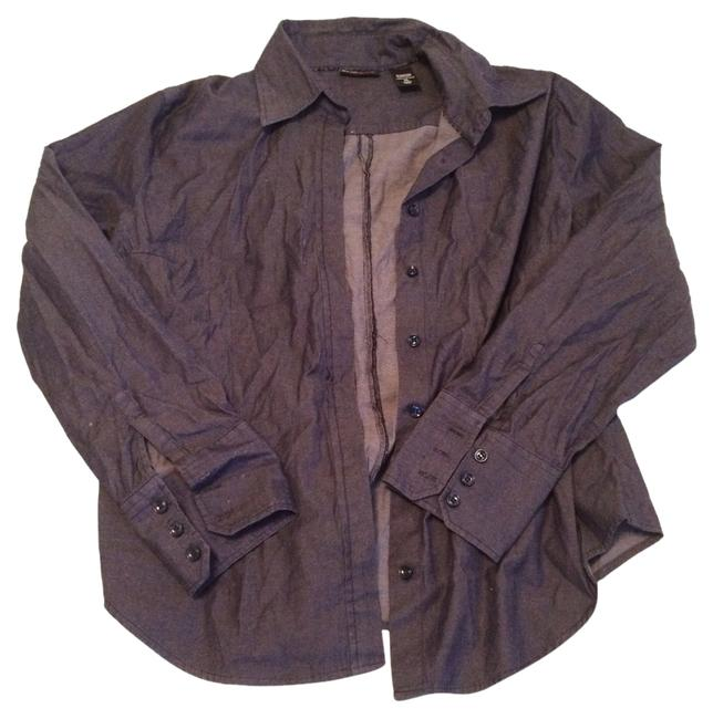 Preload https://item2.tradesy.com/images/new-york-and-company-denim-button-down-top-size-12-l-4818631-0-0.jpg?width=400&height=650