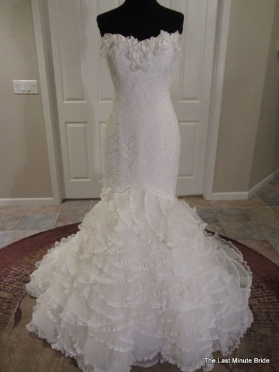 Pronovias Ivory Lace Pamela Sexy Wedding Dress Size 12 (L)