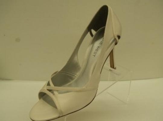 Nine West Diamond/Silk White Rays Of Love Size US 7.5