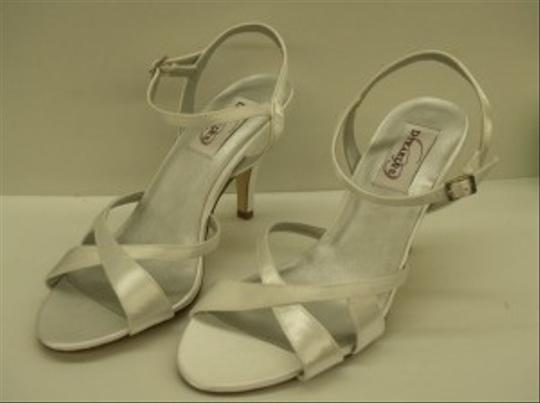Preload https://item1.tradesy.com/images/dyeables-white-chime-open-satin-bridal-summer-spring-beach-destination-cruise-wear-sandals-size-us-7-48245-0-0.jpg?width=440&height=440