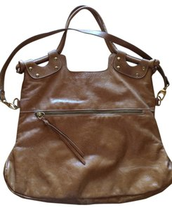 Pietro Alessandro Leather Shoulder Tote in Tan