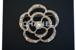 Chanel Chanel Classic Gold Pearl/Crystal Camellia Flower Metal Brooch