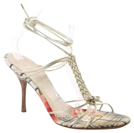 Preload https://item1.tradesy.com/images/moschino-cheap-and-chic-gold-leather-canvas-heels-formal-shoes-size-us-85-regular-m-b-4826845-0-0.jpg?width=440&height=440
