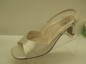 Special Occasions By Saugus Shoe Adelle Wide Shoes 2530 Size: 7.5w White Wide Open Toe Sandals Ankle Strap Silver And White Wedding Shoes
