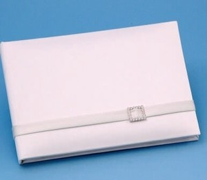 Glamour Guest Book - White