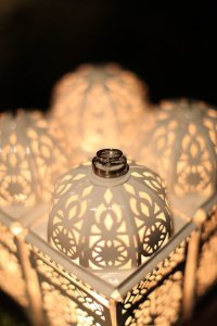 White 12 Filigree Moroccan Lanterns Centerpiece