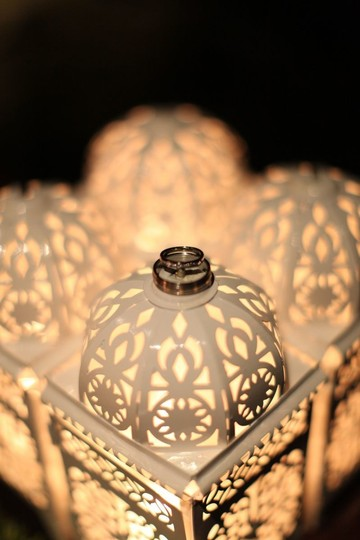 Preload https://item3.tradesy.com/images/white-12-filigree-moroccan-lanterns-centerpiece-48277-0-0.jpg?width=440&height=440