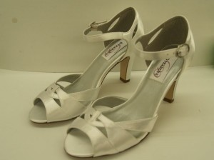 Dyeables Ariel White Size 8 White Satin Open Toe Peep Toe Cut Outs Thick Heel Comfortable Wedding Shoes
