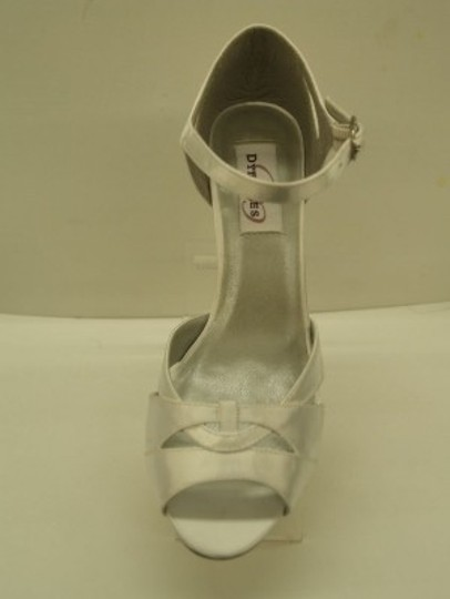 Dyeables White Ariel Satin Open Toe Peep Toe Cut Outs Thick Heel Comfortable Formal Size US 8 Regular (M, B)