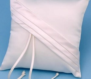 Beverly Clark White Audrey Ring Pillow