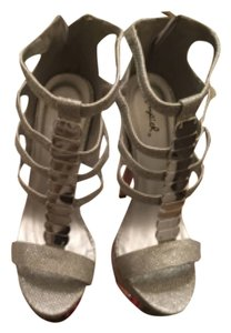 Qupid Silver Platforms