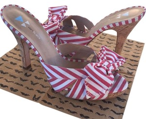 Daniblack Sadals Stripes Bow Red and white; cork Sandals