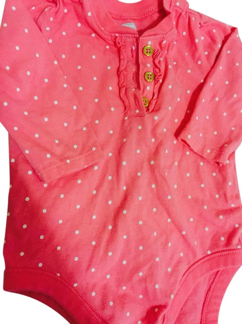 Old Navy T Shirt Salmon Pink Gold Buttons