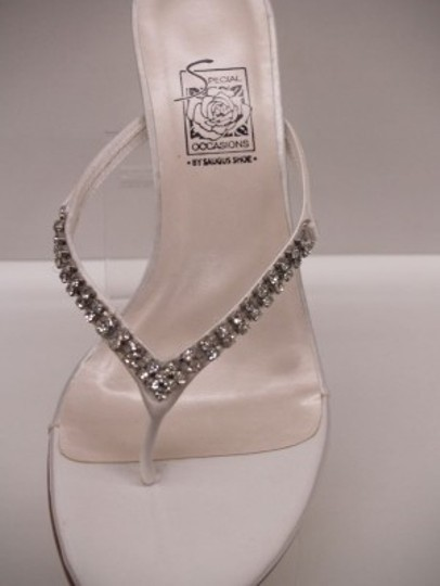 Preload https://item1.tradesy.com/images/special-occasions-by-saugus-shoe-white-21330-fara-size-us-85-48375-0-0.jpg?width=440&height=440