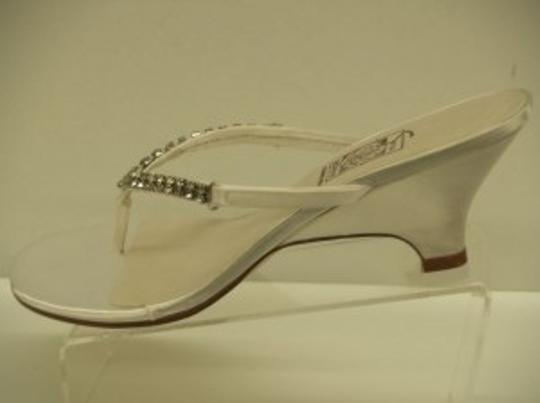 Special Occasions by Saugus Shoe White 21330 Fara Size US 8.5