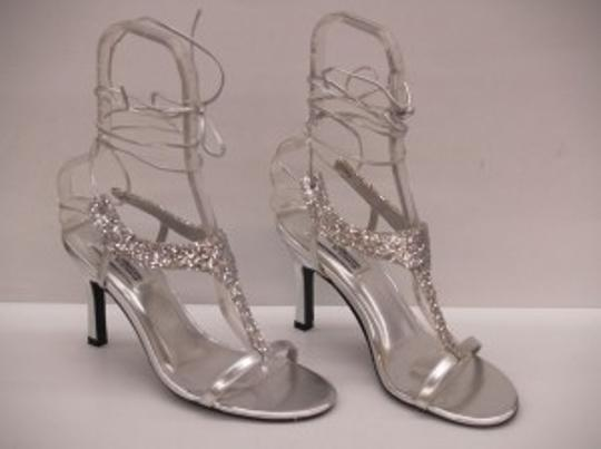 Preload https://item4.tradesy.com/images/special-occasions-by-saugus-shoe-silver-flame-glitter-size-us-85-48403-0-0.jpg?width=440&height=440