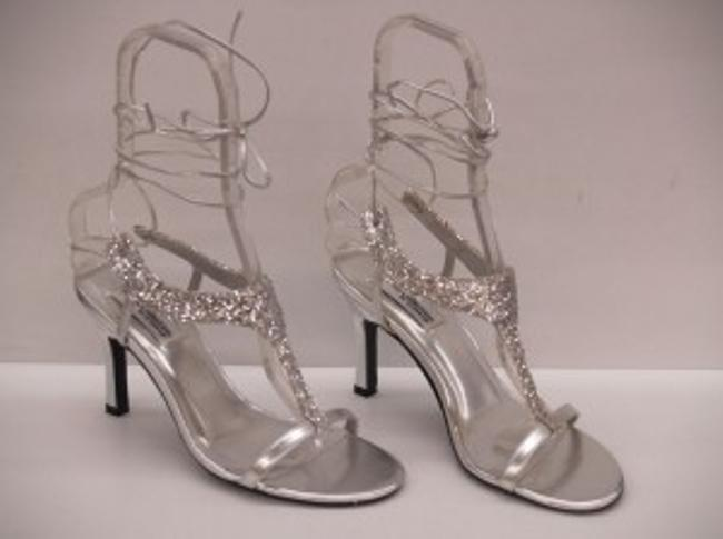 Item - Silver Flame Glitter Size US 8.5