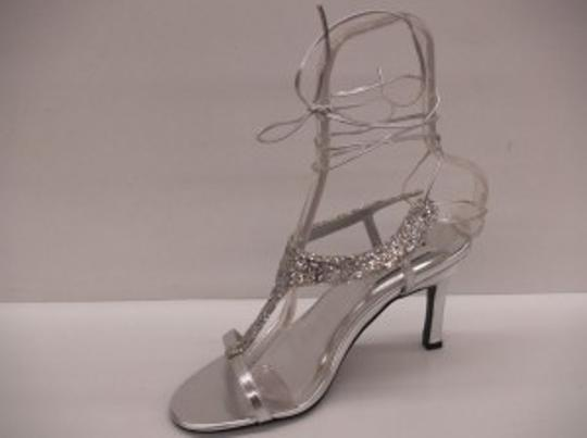 Special Occasions by Saugus Shoe Silver Flame Glitter Size US 8.5