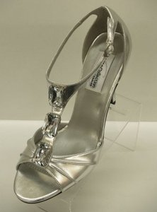 Dyeables Victoria Silver Size 8.5 Silver Bling Crystals Prom Dance Special Occasion Formal Party Shoes Wedding Shoes