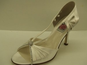 Special Occasions By Saugus Shoe 47030 White Size: 8.5 Peep Toe Bling Open Toe Satin Pump High Heels Wedding Shoes