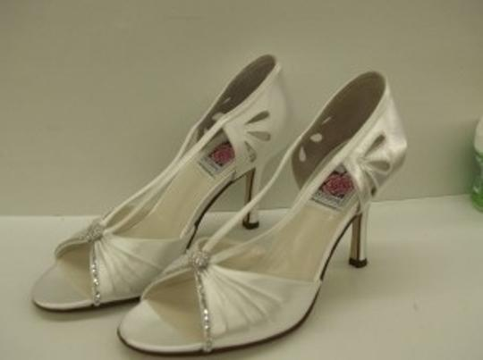 Special Occasions by Saugus Shoe White 47030 Peep Toe Bling Open Toe Satin Pump High Heels Formal Size US 8.5