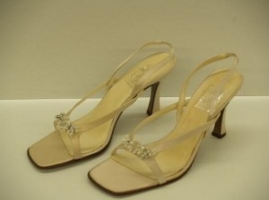 Special Occasions by Saugus Shoe Diamond/Silk White 47030 Size:8.5 Formal Size US 8.5