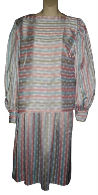 Preload https://item3.tradesy.com/images/evan-picone-multicolor-2-stripes-small-s-6-skirt-suit-size-4-s-4843822-0-0.jpg?width=400&height=650