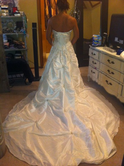 Mori Lee Ivory Taffeta 4131 Blu Collection Traditional Wedding Dress Size 6 (S)