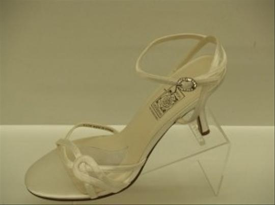 Preload https://img-static.tradesy.com/item/48550/special-occasions-by-saugus-shoe-white-4230-satin-sandal-size-us-95-0-0-540-540.jpg