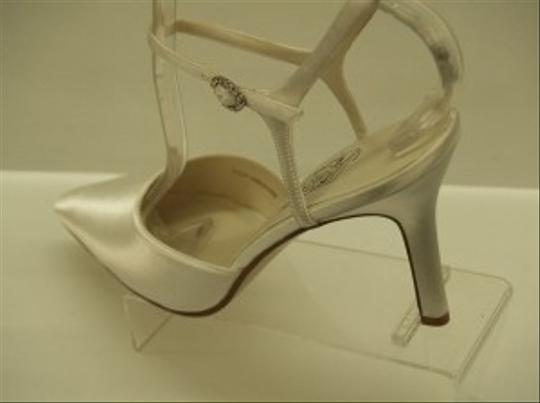 Special Occasions by Saugus Shoe White 36030 Pointy Toe Closed Toe Ankle Strap Classic Stiletto Formal Size US 9.5
