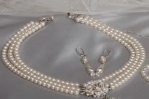 Erica Koesler Triple Row Pearl Necklace Nwt Ivory