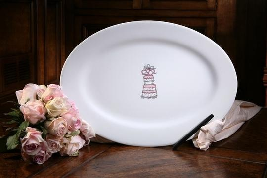 Signature Platter Oval W/Cake