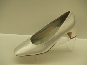 Dyeables White Iliana Satin Comfortable Heels Modest Pumps Size US 9.5
