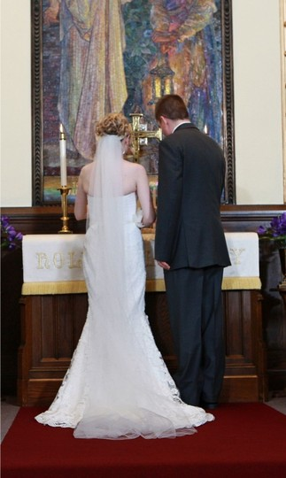 Ivory Long Single Layer Raw Edge Cathedral Bridal Veil