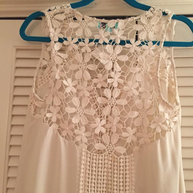 Karlie Lace Festival Detail Crochet Sleeveless Cut-out Top Ivory
