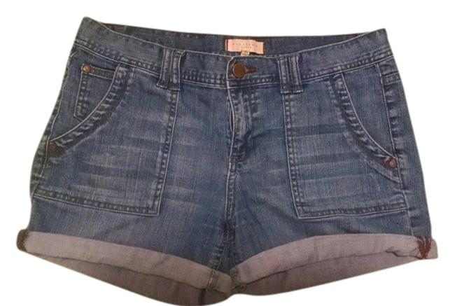 Preload https://item2.tradesy.com/images/sanctuary-blue-cuffed-shorts-size-8-m-29-30-4860346-0-0.jpg?width=400&height=650