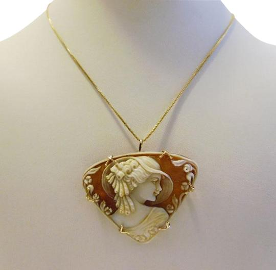 Preload https://item1.tradesy.com/images/amedeo-14k-yellow-gold-rare-mm-scognamiglio-lady-with-hat-hand-carved-cameo-necklace-4860415-0-1.jpg?width=440&height=440