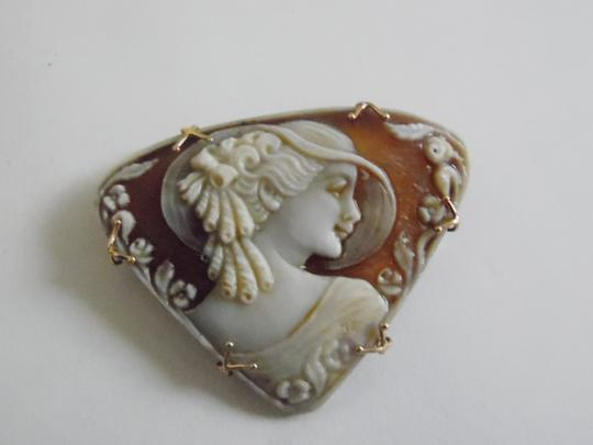 """AMEDEO RARE M&M Scognamiglio """"Lady with Hat"""" 14k Hand-carved Cameo"""