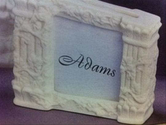 Preload https://img-static.tradesy.com/item/48612/white-114-porcelain-placecard-holders-grecian-look-colum-0-0-540-540.jpg