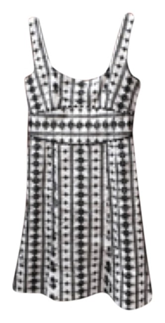 Preload https://item2.tradesy.com/images/nanette-lepore-black-and-cream-above-knee-workoffice-dress-size-4-s-4861321-0-0.jpg?width=400&height=650