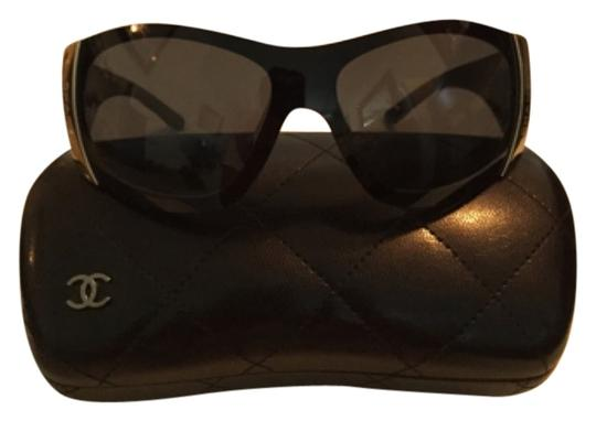 Preload https://item1.tradesy.com/images/chanel-sunglasses-4861795-0-0.jpg?width=440&height=440