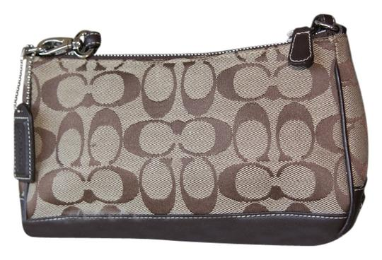 Preload https://item2.tradesy.com/images/coach-collection-demi-pouch-brown-signature-canvas-shoulder-bag-4861801-0-0.jpg?width=440&height=440